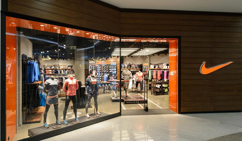 Jornal t vendas da nike nos estados unidos ca ram 5 for Interior alternatives manufacturers outlet mall